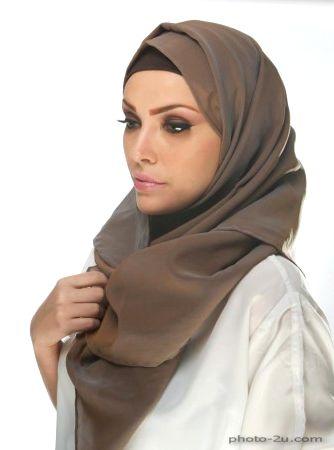 بنية ضايجة بالحجاب