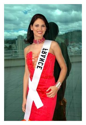 Laetitia BlŽger, Miss France Universe 2004, poses at the JW Marriott in Quito, Ecuador on May 14, 2004.  She will compete for the title of Miss Universe 2004 during the LIVE NBC broadcast of the 53rd annual Miss Universe competition from Quito, Ecuador on June 1, 2004 at 9 PM (ET/delayed PT).  ho/Miss Universe L.P., LLLP