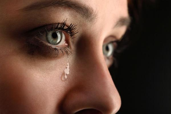 تفسير الدموع والبكاء في المنام
