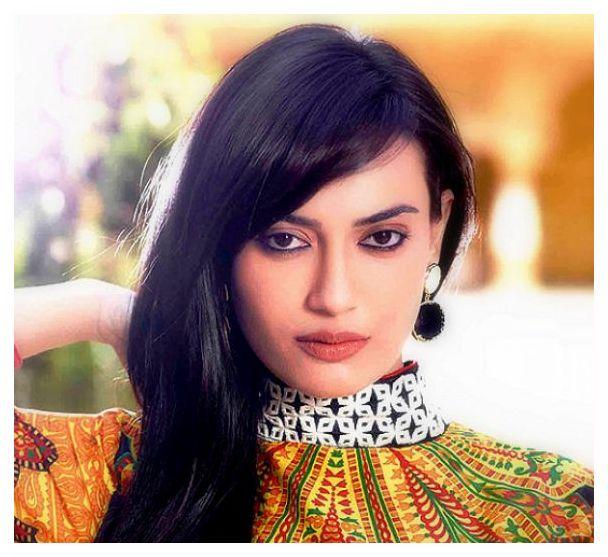 سوربي جيوتي Surbhi Jyoti صور زويا بطلة مسلسل قبول
