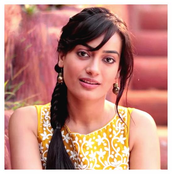 سوربي جيوتي Surbhi Jyoti صور زويا بطلة مسلسل قبول (3)