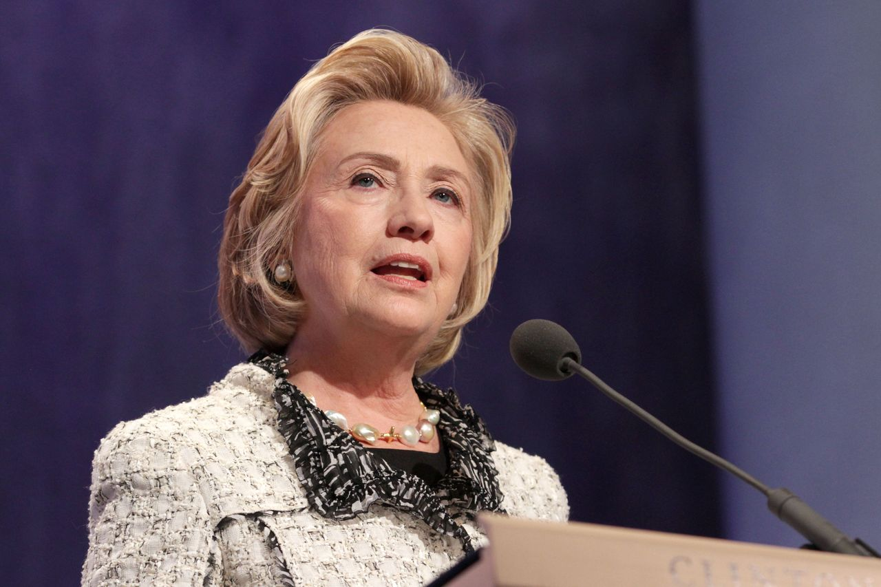 Clinton apologises for calling Trump supporters deplorable