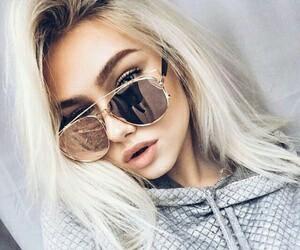 بنات بالنظارات صور بنات بالنظارة
