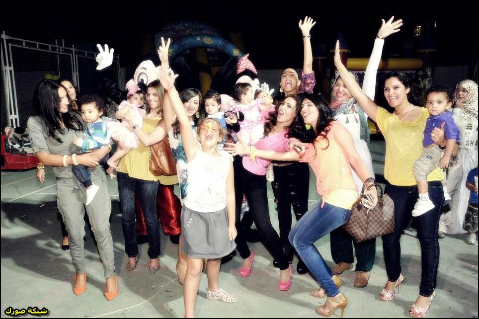 صور بنات كيوت محتفلات بالعيد
