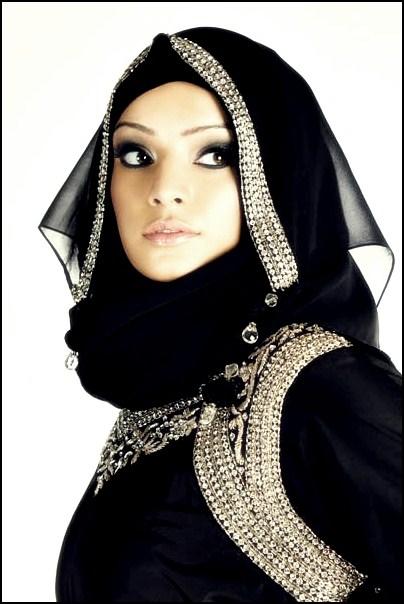 صور بنات من السعوديه بملابس شفافة