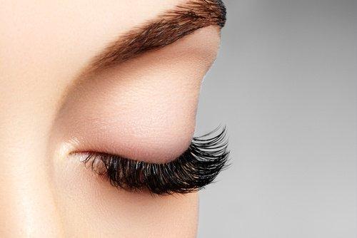 زراعة الرموش في تركيا - Cultivation of lashes in Turkey