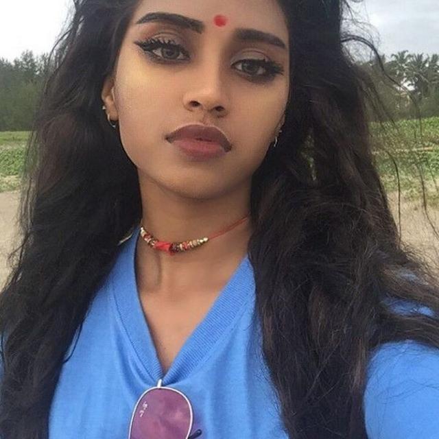 صور بنات هندي
